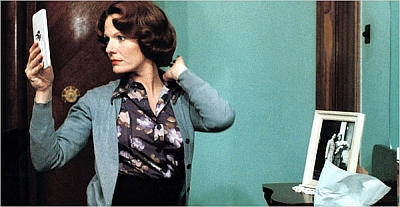Delphine Seyrig as Jeanne Dielman.  Courtesy Paradise Films.
